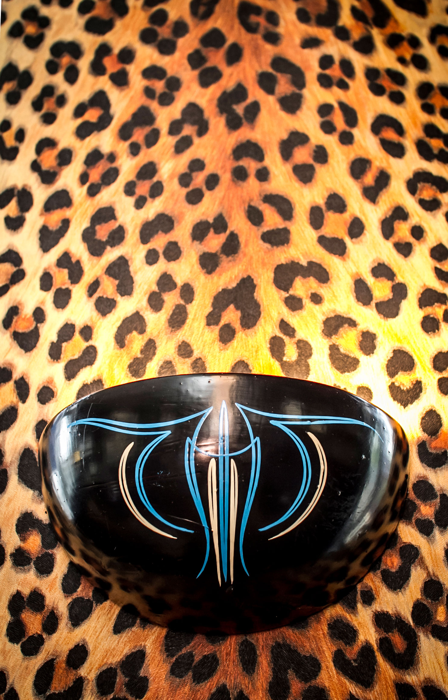 leopardlamp2.jpg