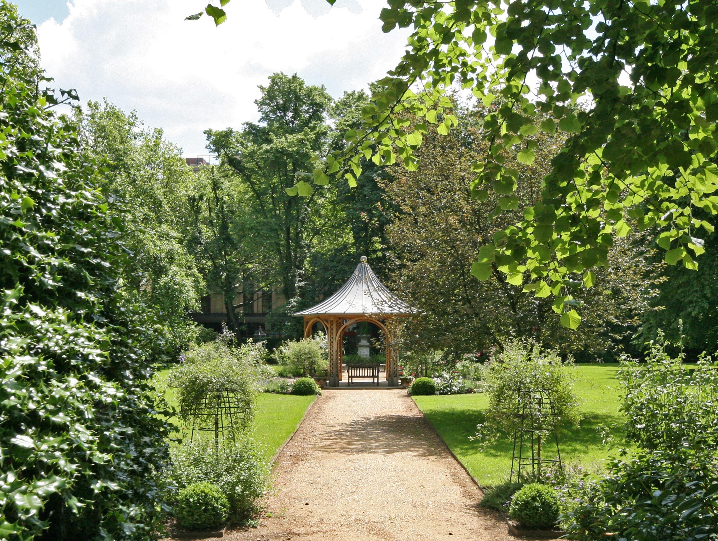 dowling jones communal gardens notting hill