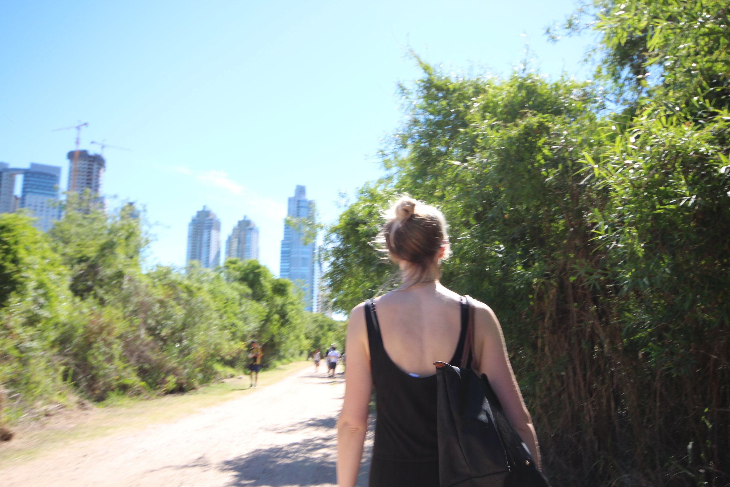 Walking the Costanera