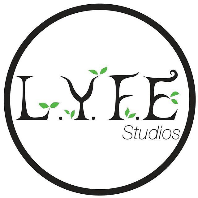 Goodmorning live #LYFE #LYFEStudios #Brooklyn #CycWall #Studio #Studios #Photgraphy #Film #Videography #Photo #Photographer #Photog #Photoshoot #Portrait #Portraits #Lifestyle #HeadShots #ProductShots