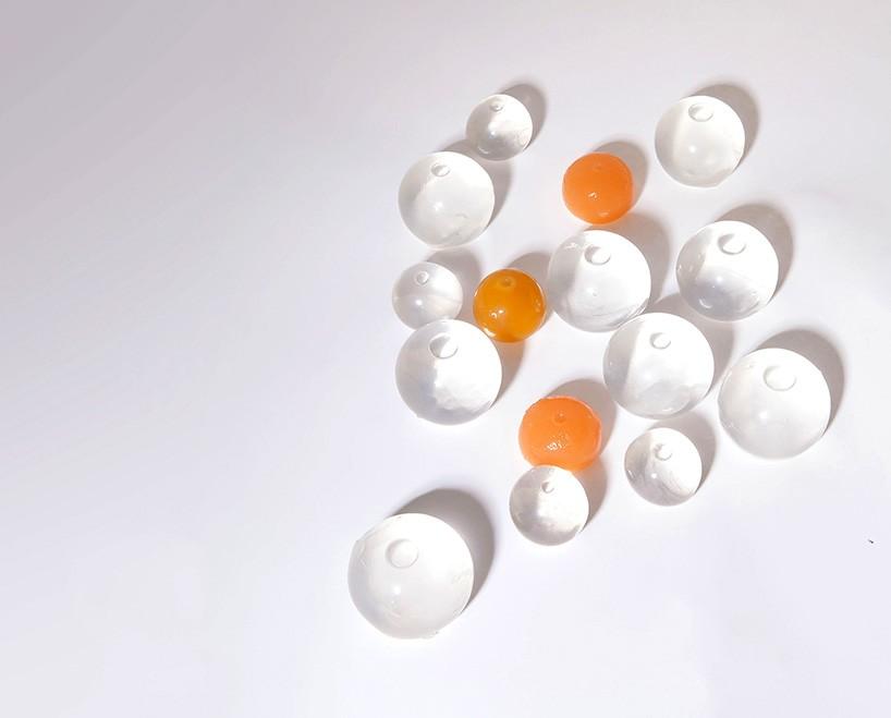 skipping-rocks-lab-ooho-sustainable-water-packaging-visualatelier8-2.jpg