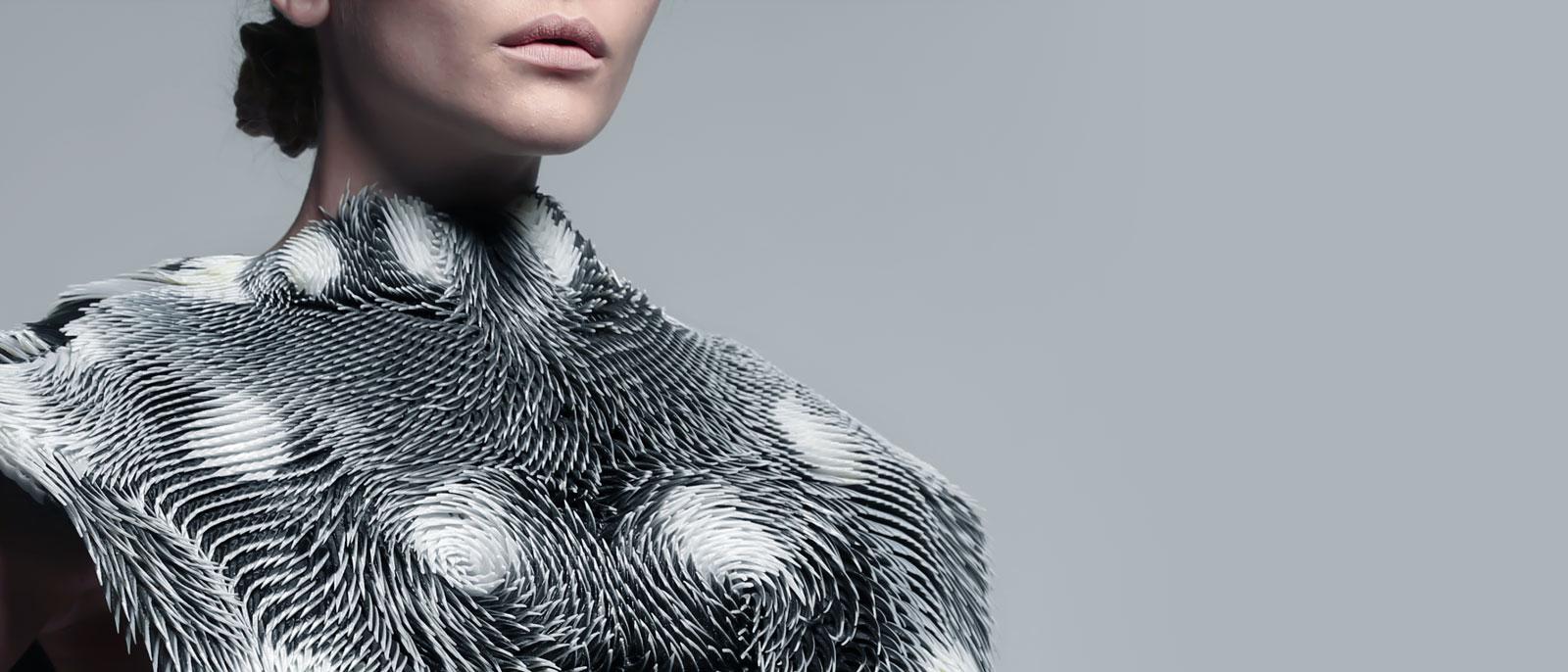 Behnaz Farahi-Visual Atelier 8-Fashion-Design-Innovative-Future-1.jpg