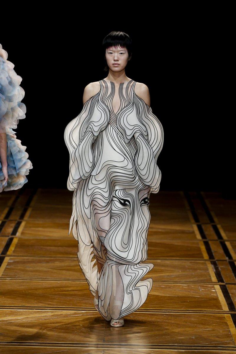 Iris van Herpen-SHIFT SOULS-Visual Atelier 8-Fashion-6.jpg
