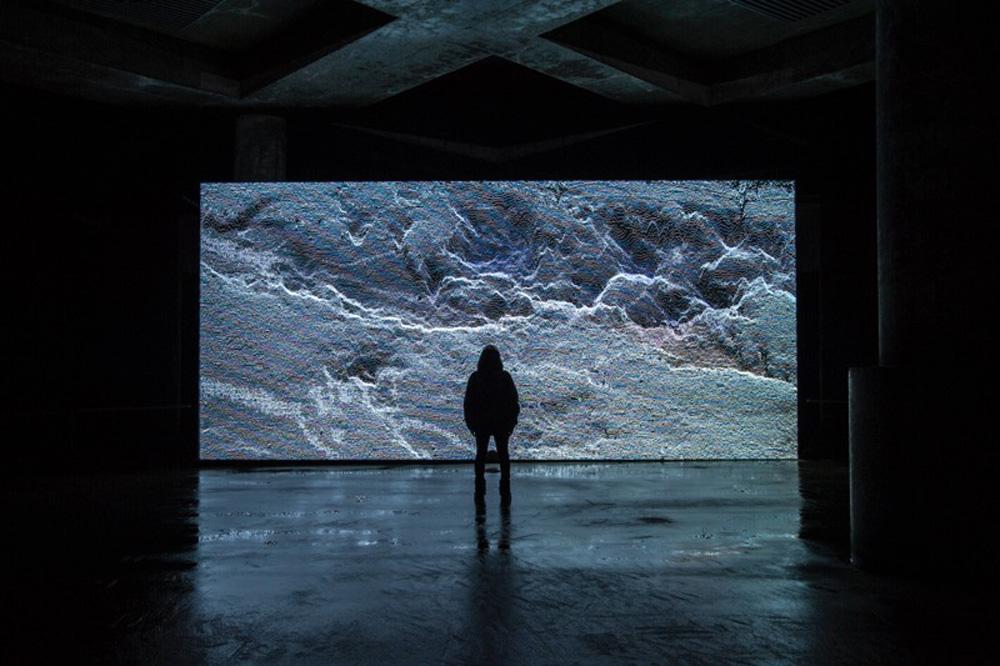 datum, 2016, audiovisual installation / image courtesy of artist, © Norimichi Hirakawa