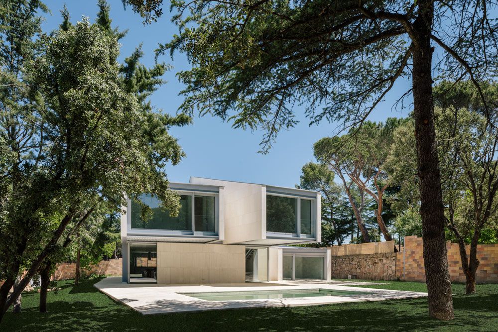 ZOOCO ESTUDIO-M4 House-Visual Atelier 8-Architecture-1.jpg