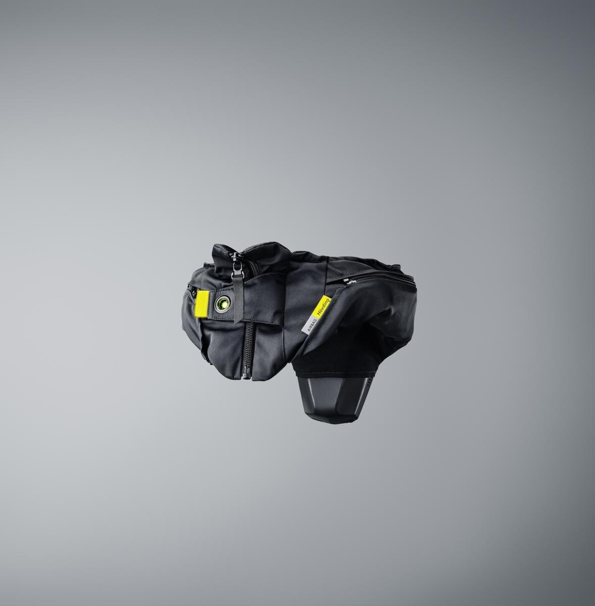 Hövding 3-Visual Atelier 8-Technology-3.jpeg