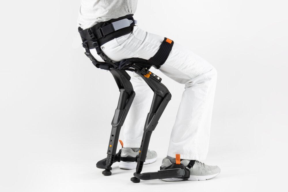 Marc-Sapetti---Chairless-Chair-Visual-Atelier-8-Technology-1.jpg