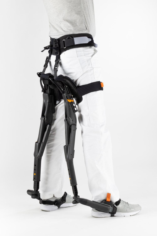 Marc-Sapetti---Chairless-Chair-Visual-Atelier-8-Technology-2.jpg