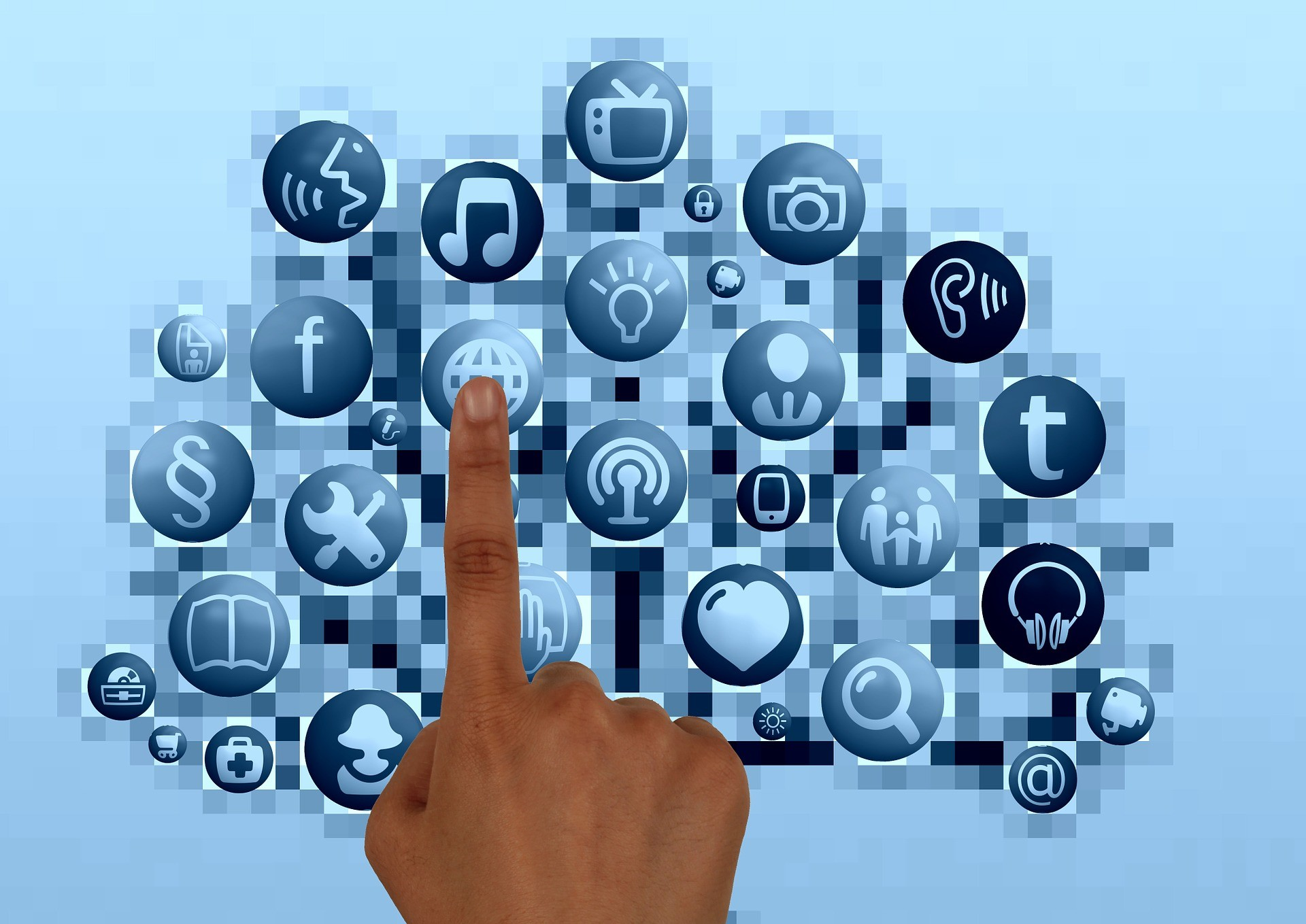 3 B2B Social Business Predicitons Socially Savvy.jpg