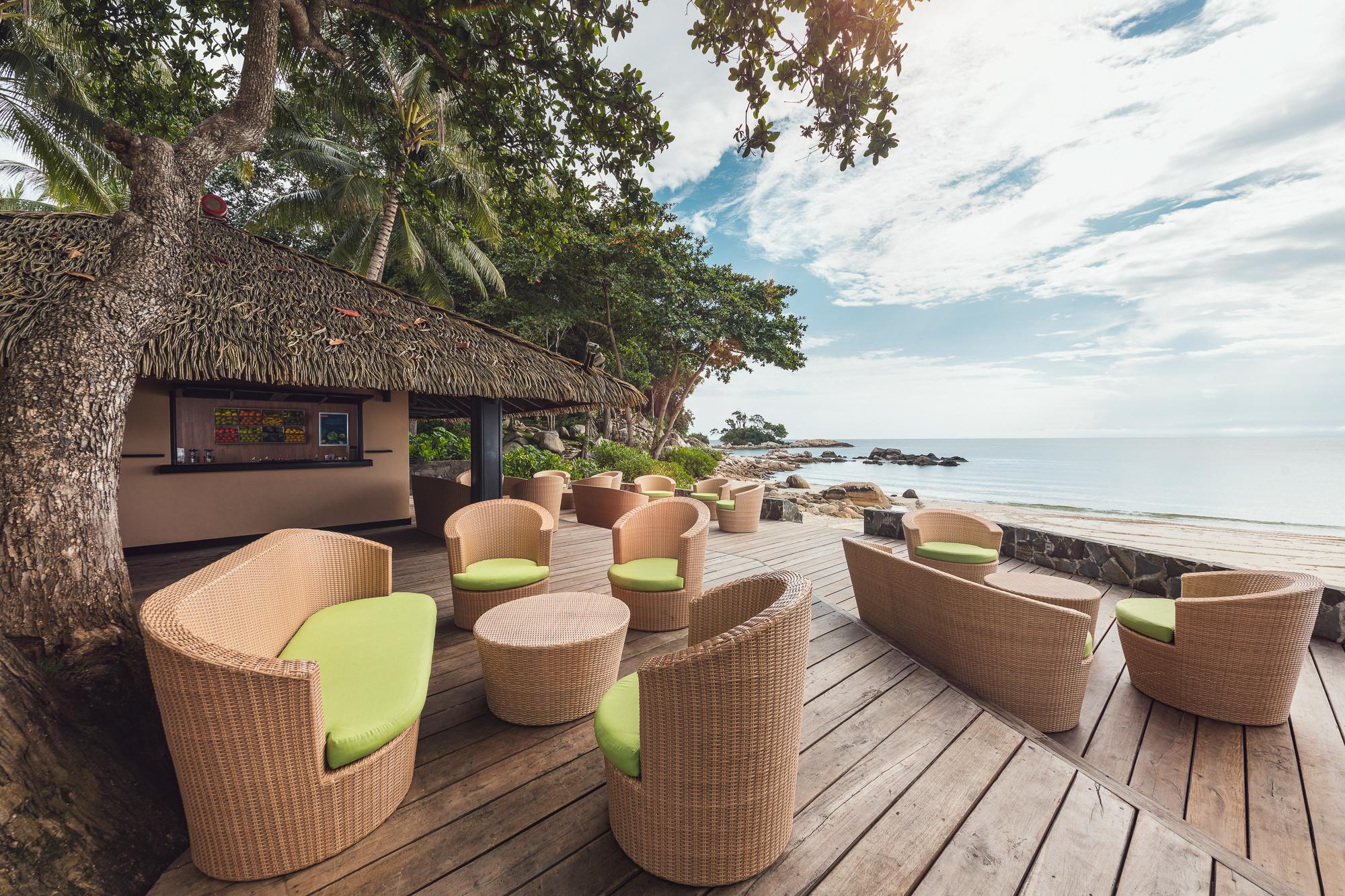 Beach Bar 1.jpg