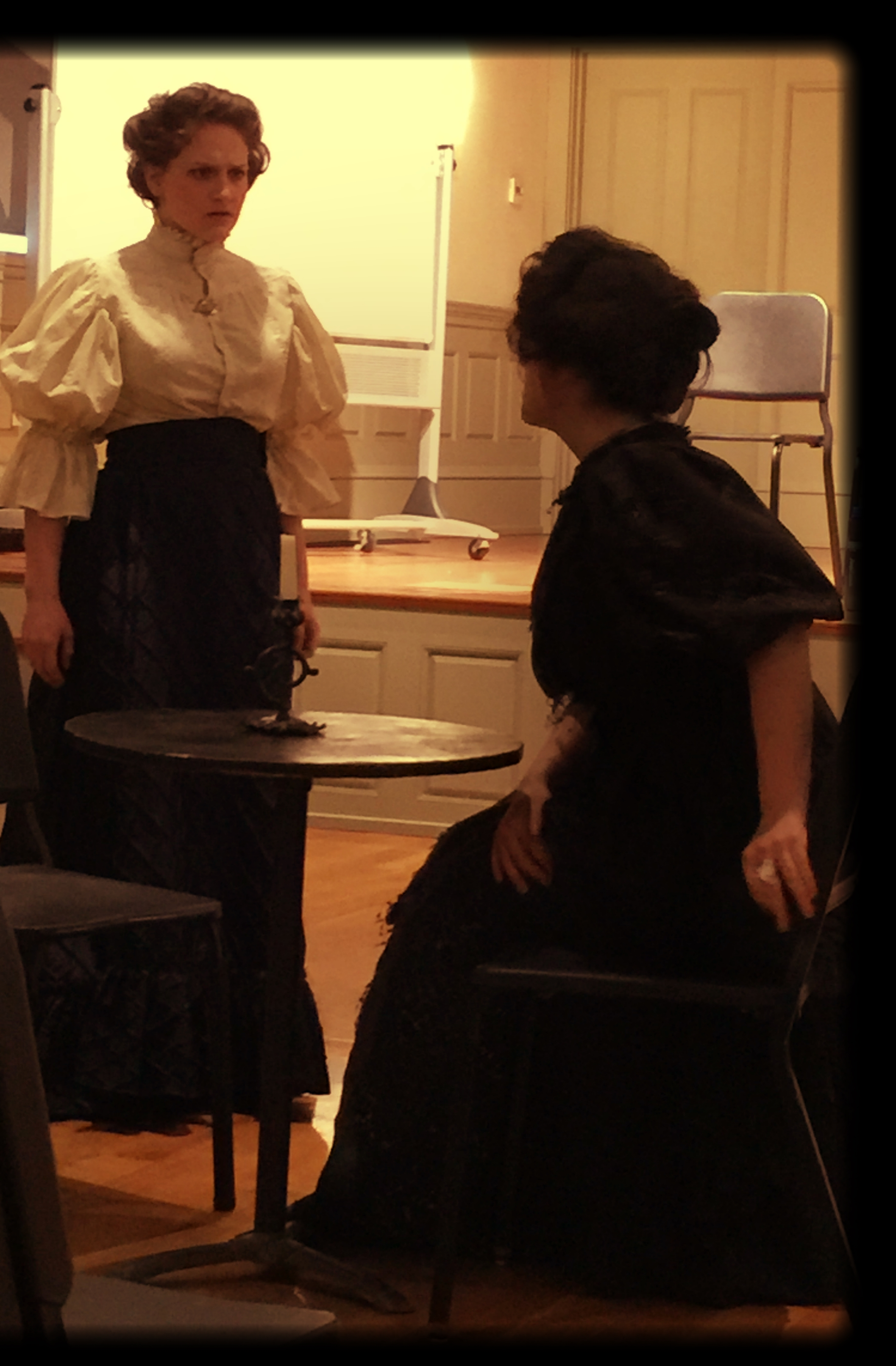 Ann and Isabelle Zeled ó n performing ACT I Scene 2 of Samuel Barber's  Vanessa