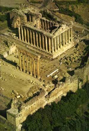 Ancient-Roman-Temple-on-site-of-Baalbek.jpeg