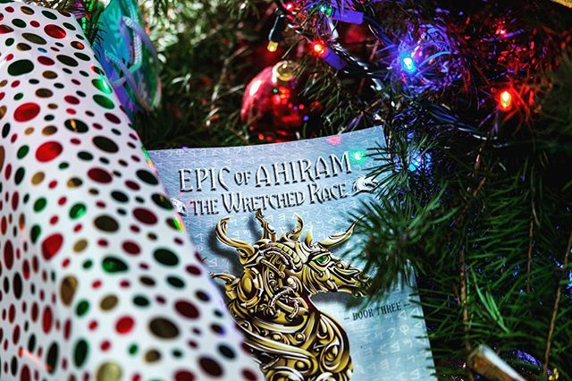 What are you hoping to see under your Christmas tree this year? 🙄🎁 •  #reading #read #write #christmas #gifts #writersofinstagram #postoftheday #bookstagram #books #booklife #hobby #booklifestyle#booklover #booklove #magic#epicofahiram #fantasy #fantasybooks #inspiration #stories #bookish #bookworm #bibliophile #picoftheday #beautifulbooks #storytelling #instaread #booksactually #spreadthebooklove