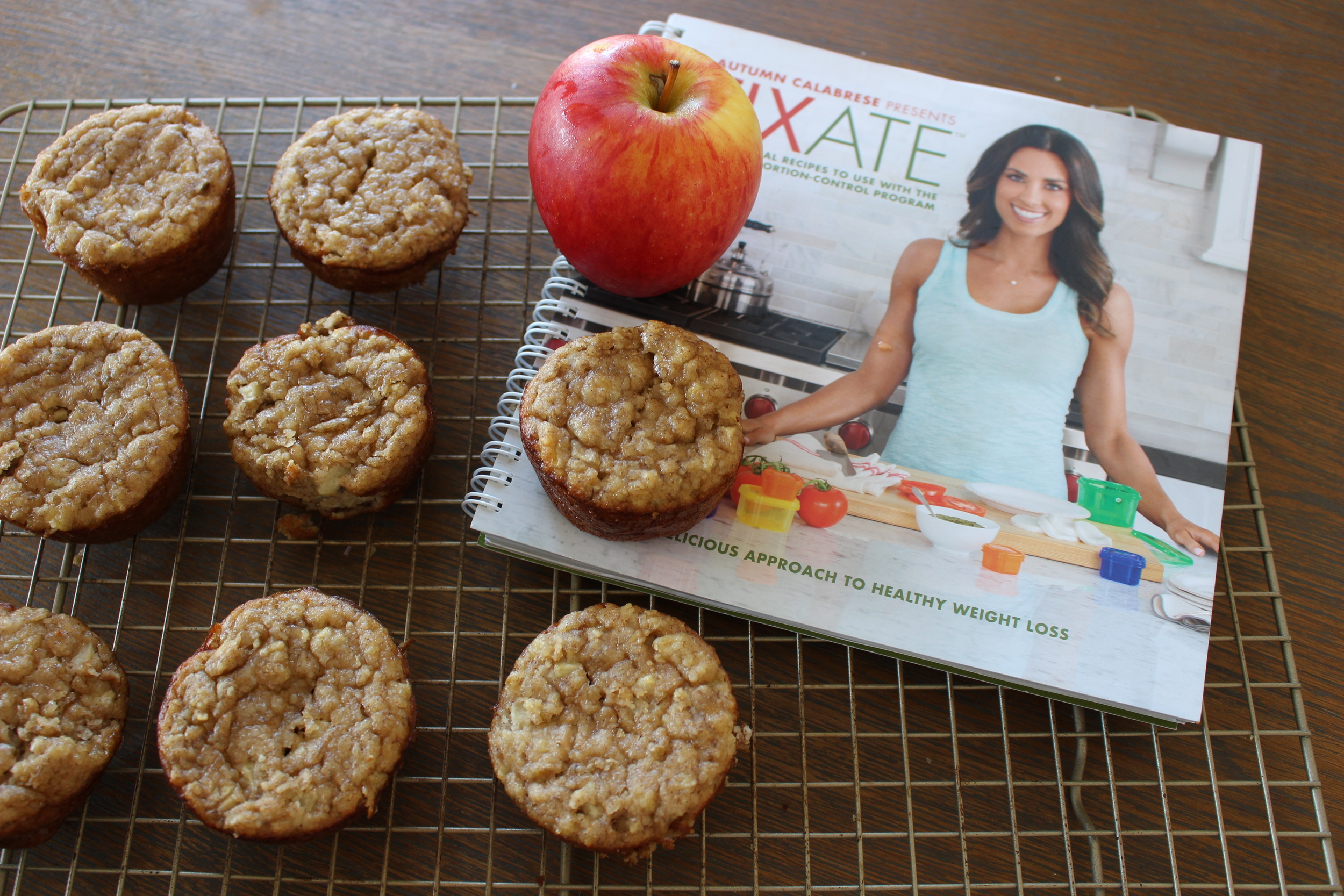 banana-apple-muffins-fixate