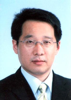 Dr Wang Fuqiang.