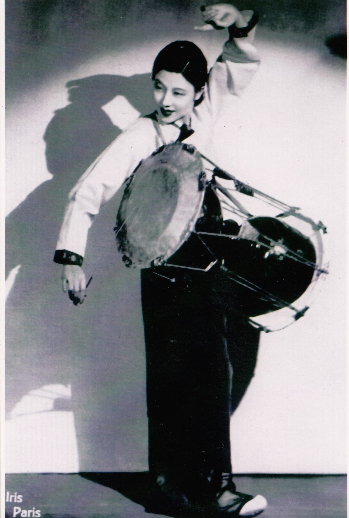 "Choe Seung-hui in ""Hourglass Drum Dance."" Photographer: Studio Iris, Paris. Reproduced with permission from the private collection of Siqintariha"