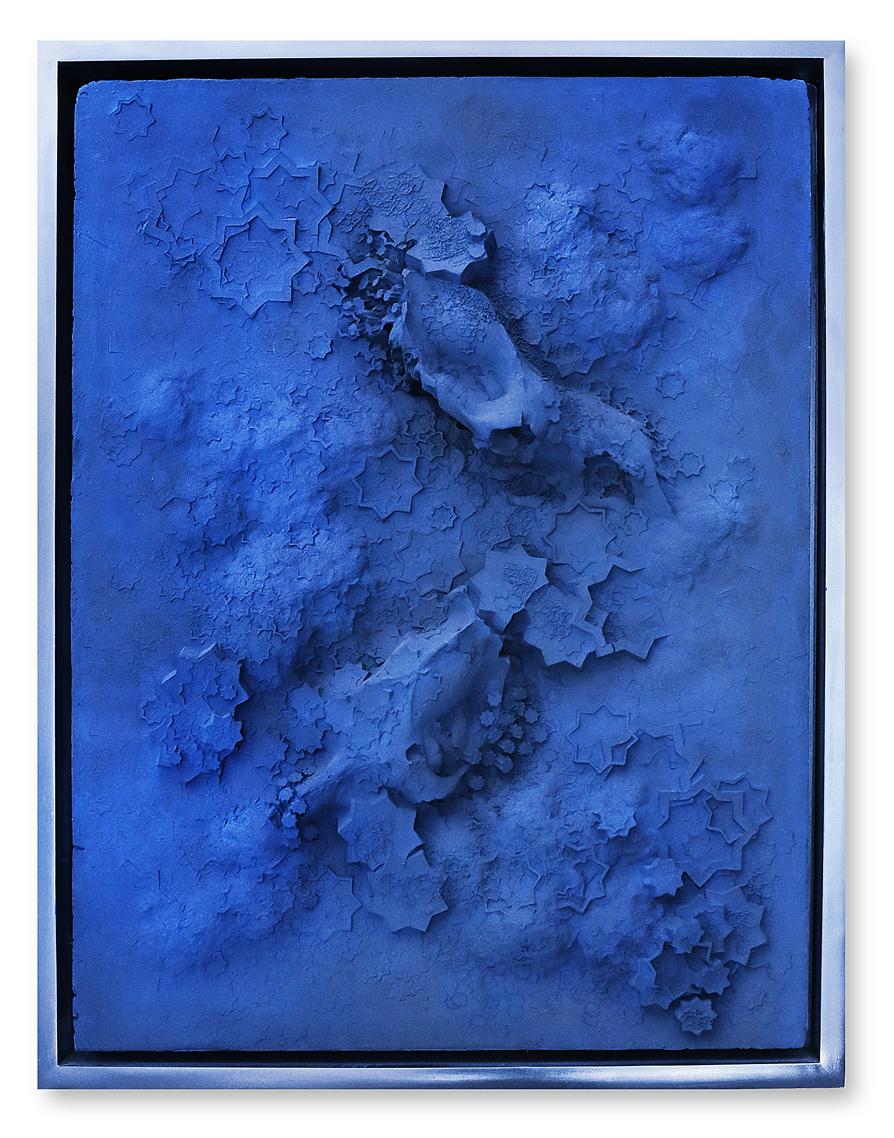untitled - blue rectangle #2 - Touareg Indigo pigment on plaster - 111 cm x 85 cm x 20 cm - 2017