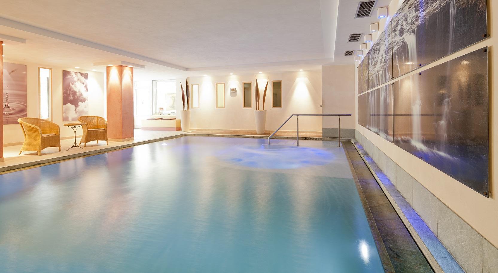 schwimmbad-DRUCK-6.jpg