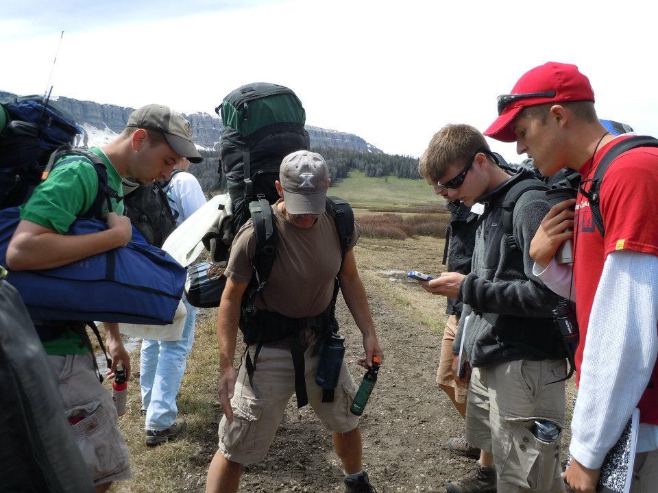 Tracking griz, Washakie Wilderness (XE photo)