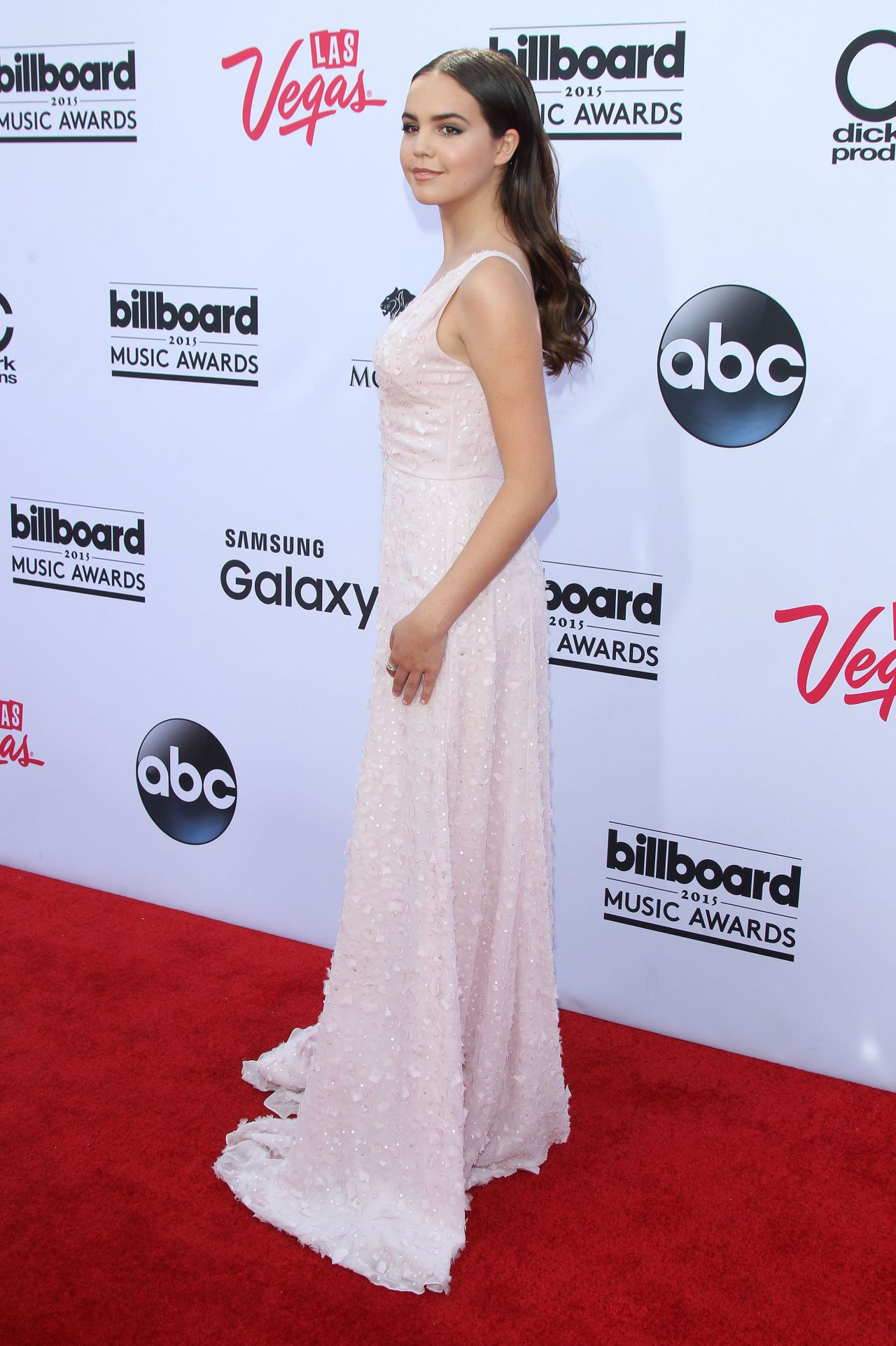 bailee-madison-2015-billboard-music-awards-in-las-vegas_2.jpg