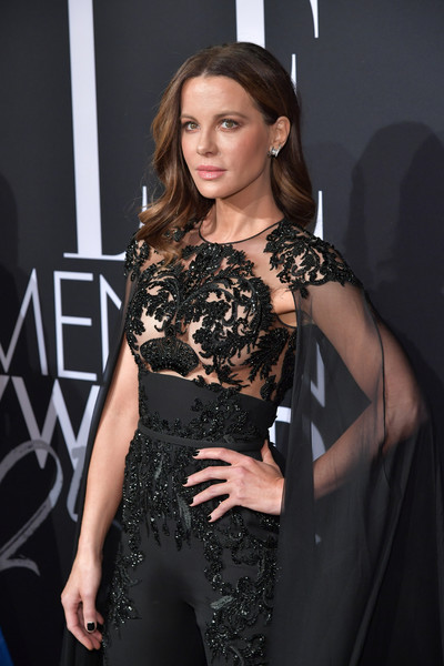 Kate+Beckinsale+ELLE+25th+Annual+Women+Hollywood+JrOJPp4xA8rl.jpg