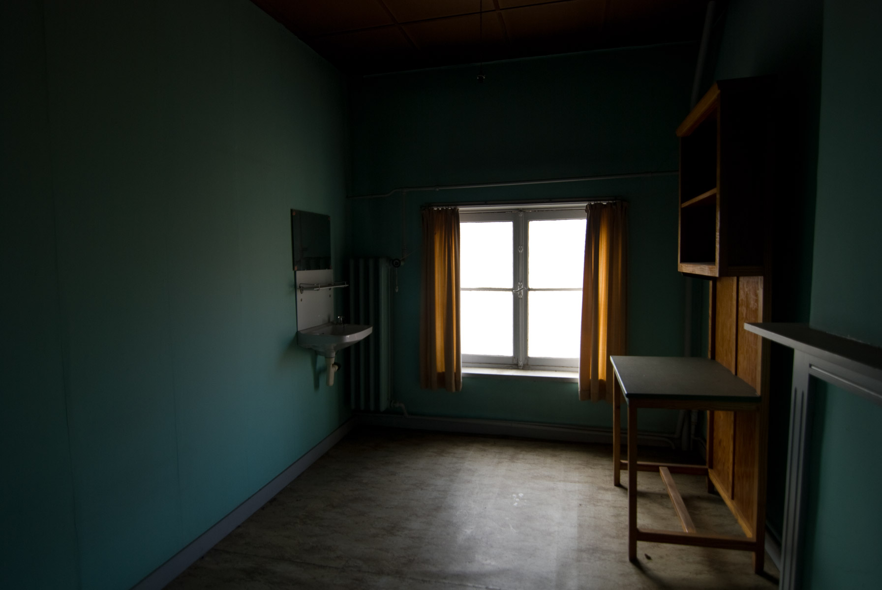 abandoned-places-in-belgium-alicia-rius-photography.jpg