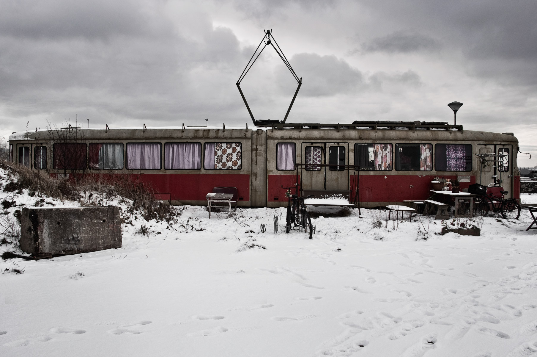 abandoned-places-in-europe-alicia-rius-photography-68.jpg