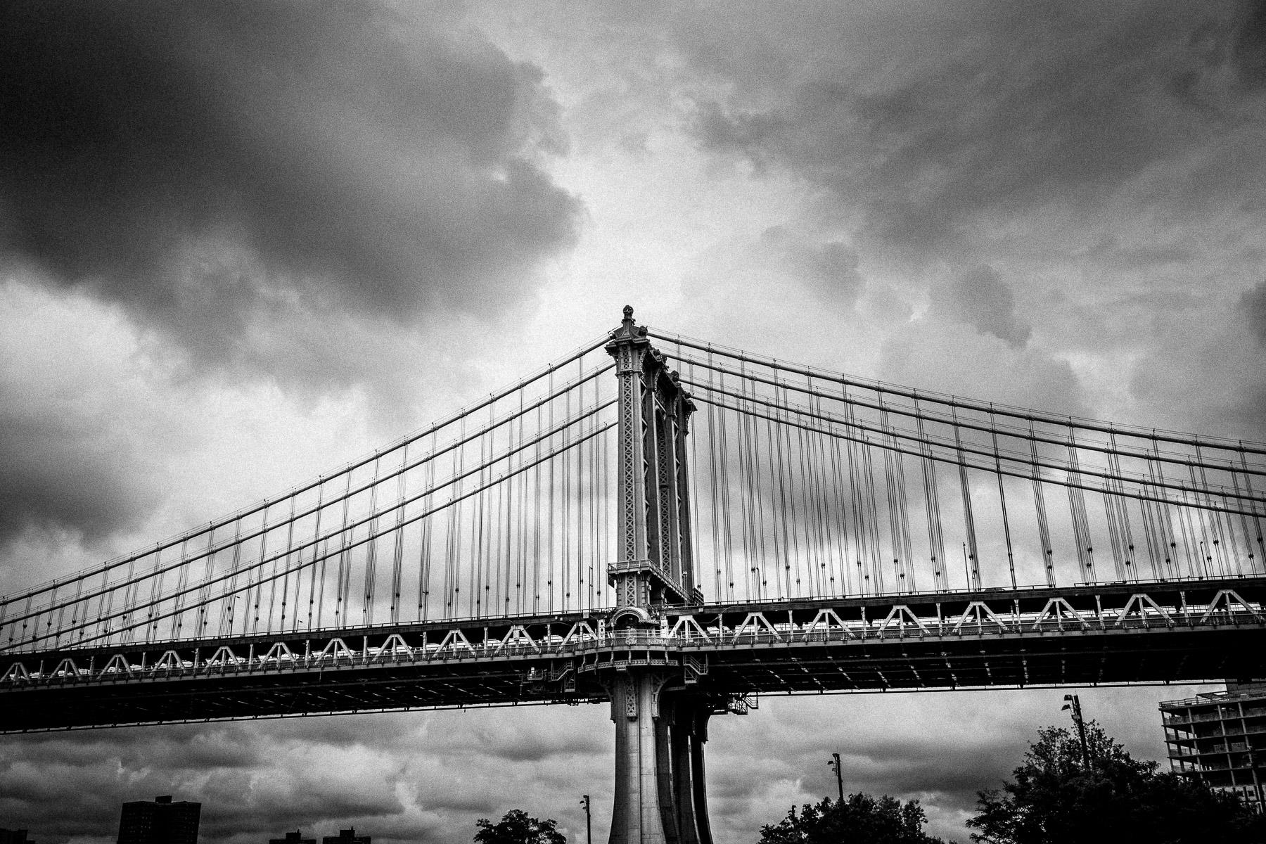 brookyn-bridge-photos-black-and-white.jpg