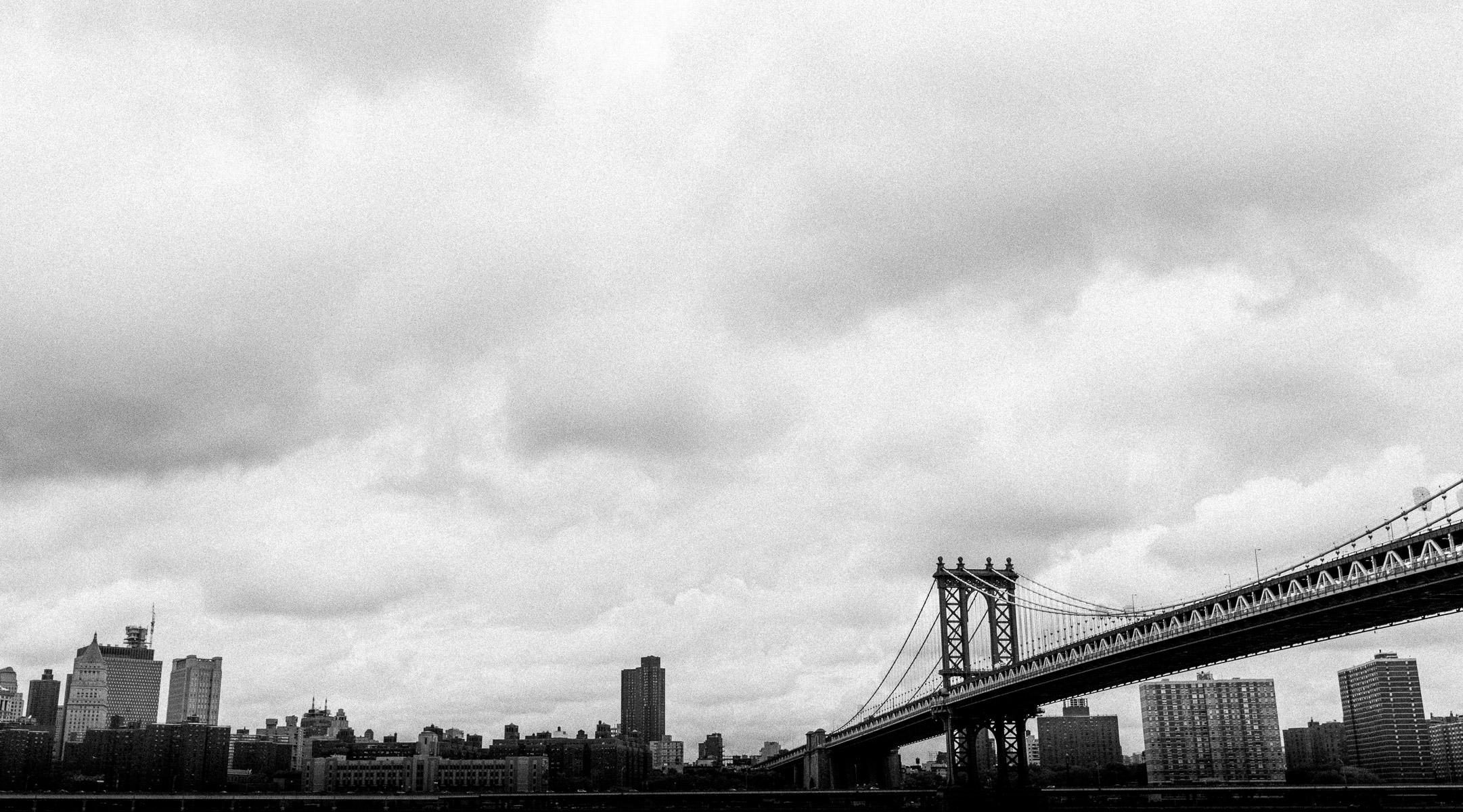 photos-of-brooklyn-bridge-in-black-and-white.jpg
