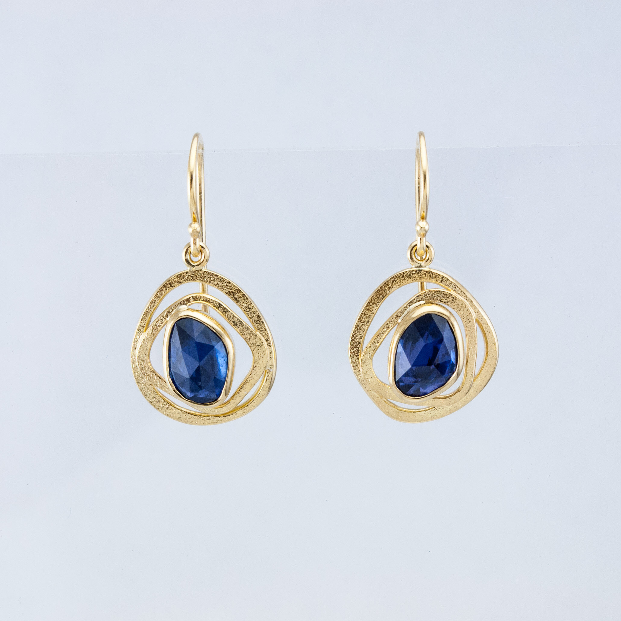 GEO Drops with Rose-cut Sapphires