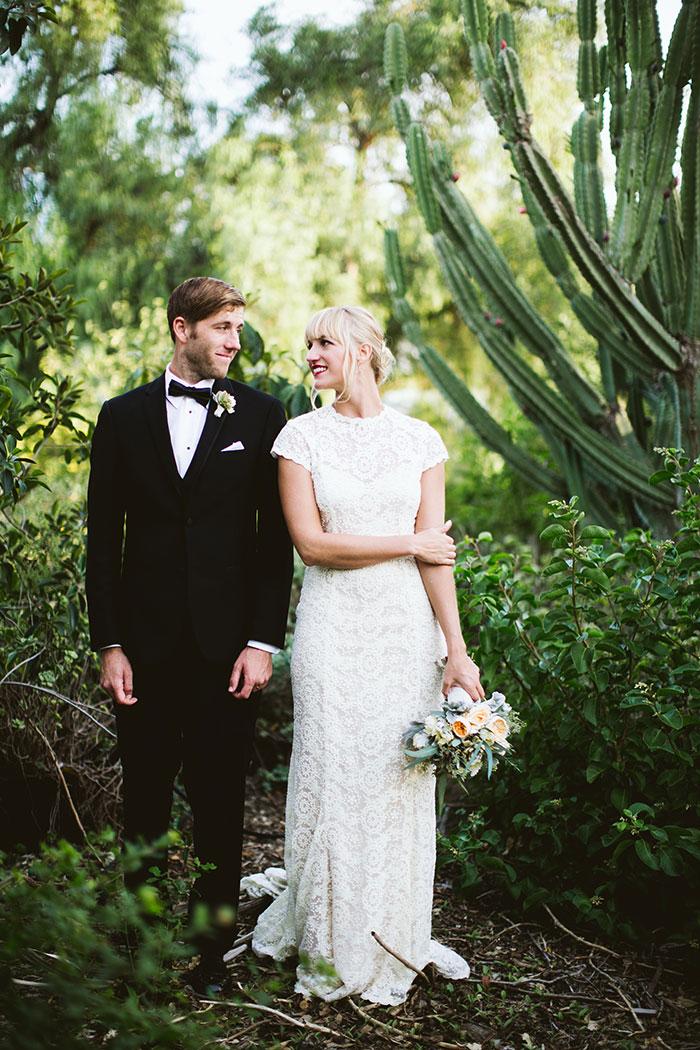fallbrook-hacienda-boho-romantic-wedding-vintage-car-inspiration09.jpg