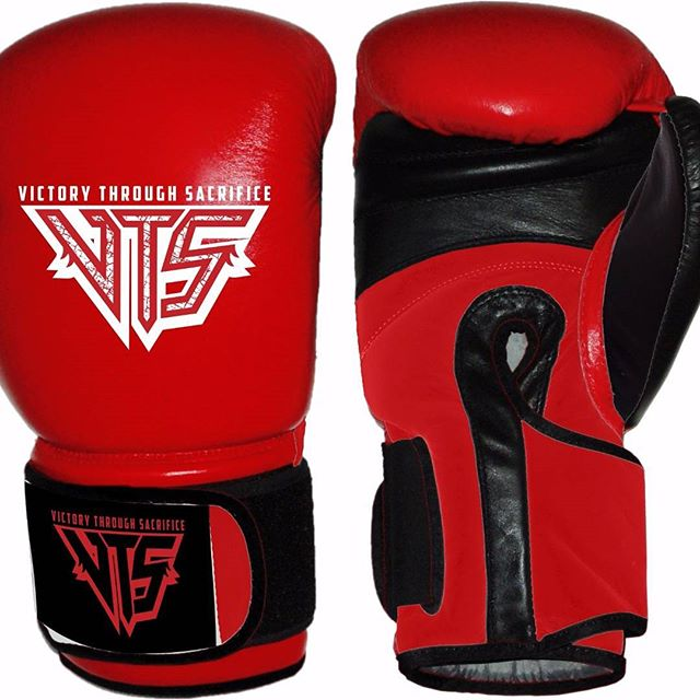 New #victorythroughsacrifice 16oz #boxing gloves arriving soon! Quantities are limited - so don't delay. #mma #fitness