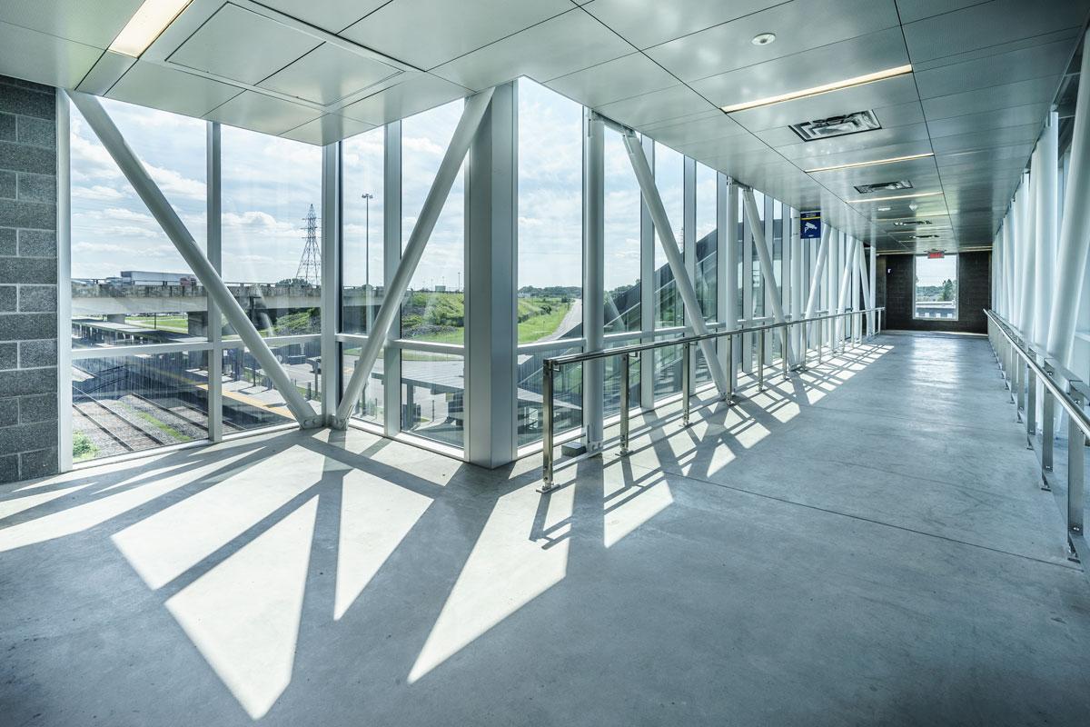 Gare de Repentigny AMT /  GCBD Architectes