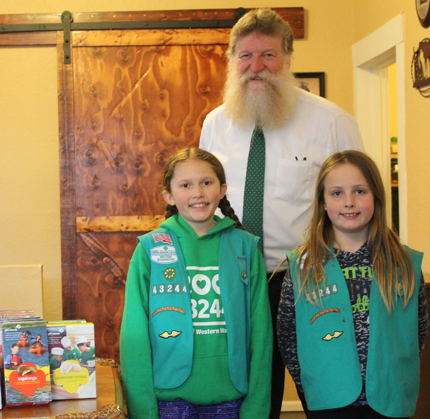 Girls Scouts 2019 troop 43244 1500(1).jpg