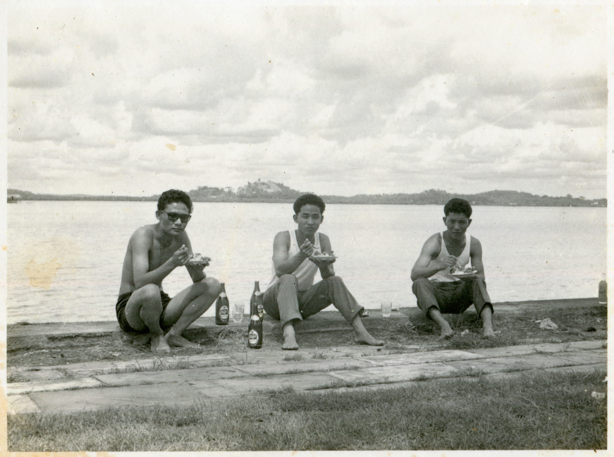 Arun Kumar Tamang (6785) with two other Singapore Gurkhas at Pasir Panjang having a picnic. Date: Unknown. Photo Collection: Aswin Moktan / SGPM.