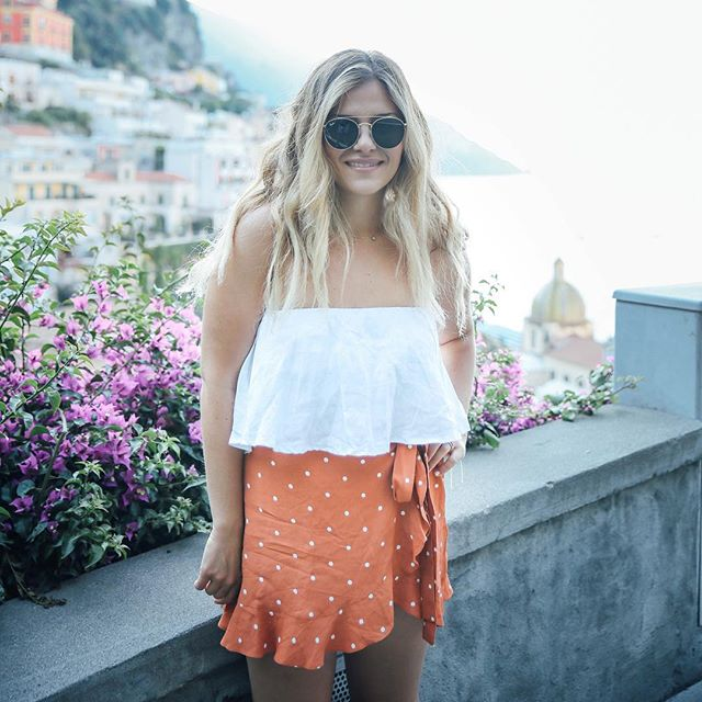✨Italy travel guide, now live!🇮🇹✨⠀ ⠀ ⠀ ⠀ ☀️Every time I visit Italy, I fall in love with it just as much as I did the first time. My only hope is that other people can experience travel that way as well. With a penchant for adventuring and an eye for discovery I decided to launch a travel guide from my own experiences. With the first being... Italy (big surprise there). Click the link in bio to check it out, share it, & show some love 💕 ⠀ ⠀ ⠀ ⠀ ⠀ ⠀ ⠀ ⠀ @nicksovensocks @forloveandlemons @faithfullthebrand @girlslovetravel @nytimestravel #darlingmovement #dametraveler #vscocollective #welltraveled #mare #vsco #vscofilm07 #italy #italygram #acolorstory #girlswhotravel #travelblogger #travelitaly #travelitalia #topitalyphoto #italytravel #italytravelguide #travelbloggers #travelblogging #travelblogger #travelguides #darlingescapes #dwelltravel #cntravel #nytimestravel #masonandclay #fashionbloggers