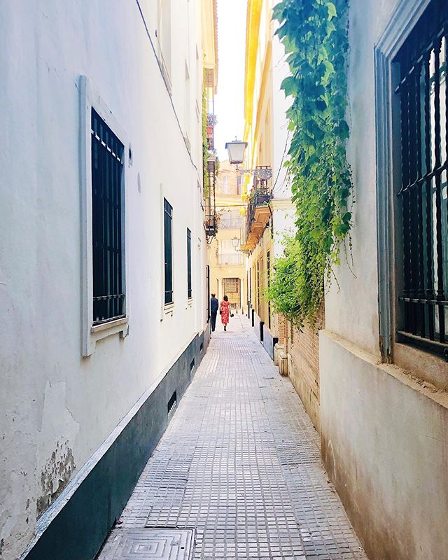 Sweet moments in #Seville 👫