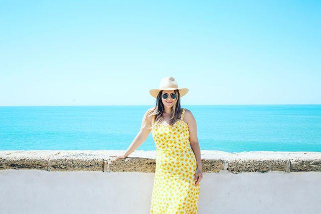 Cerulean seas in Cadiz. 🌊