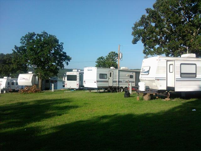 Camping1.jpg