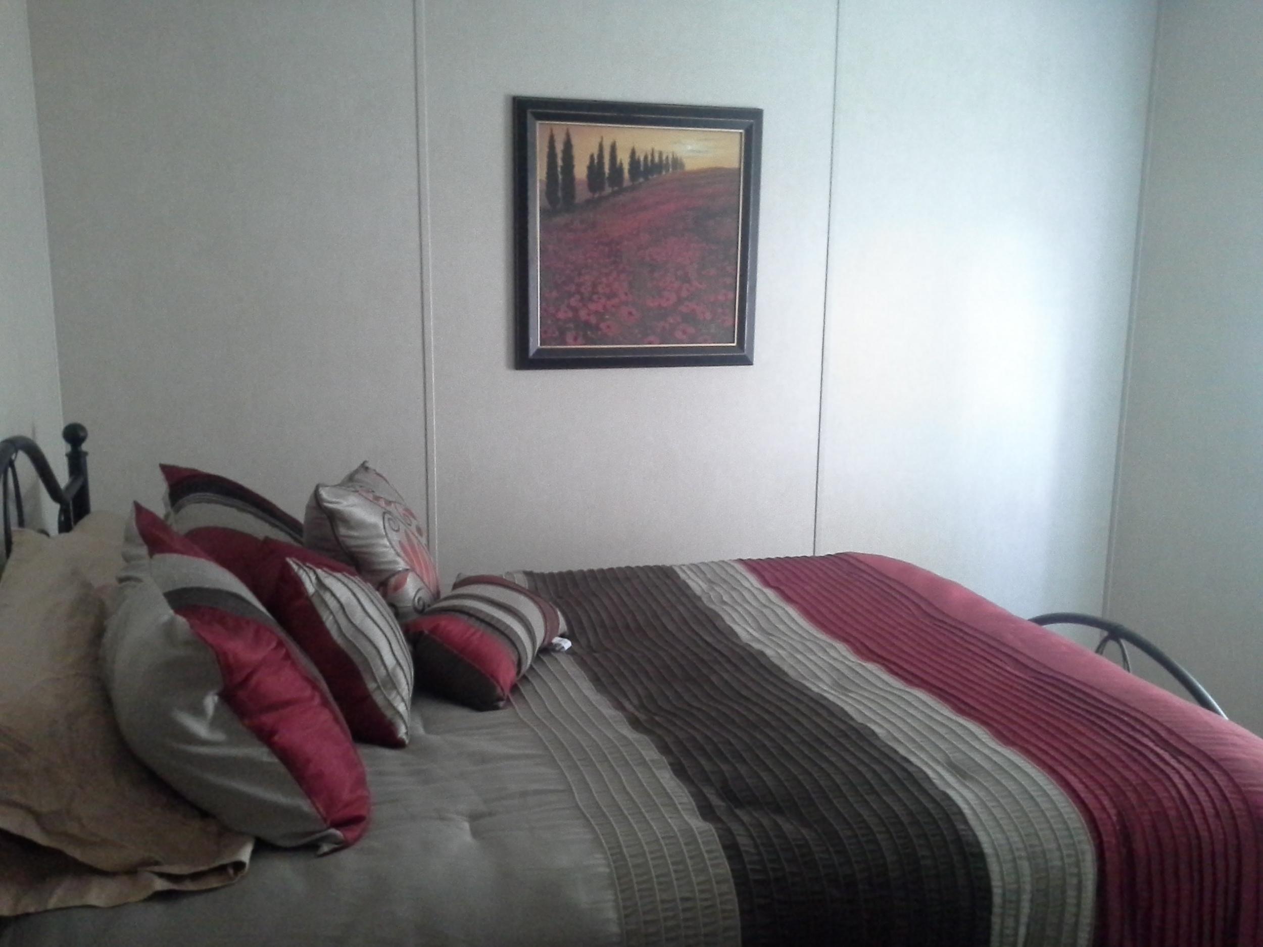 Moblie home room 3.jpg