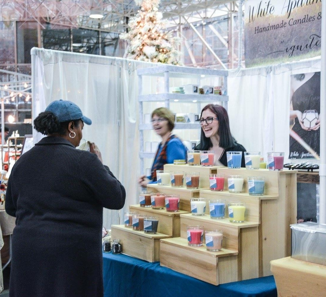 White Apartment Studios at Deluxe Winter Market 2015. Photo by: Shannon Helton