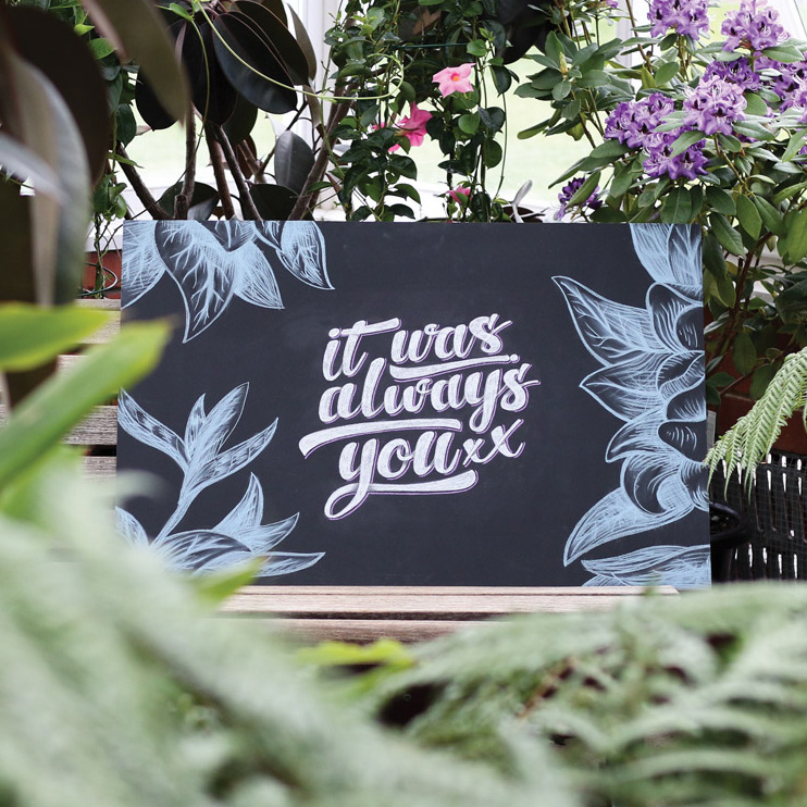 wedding-chalkboard-blackboard-hand-lettered-welcome-signage-wedding-ideas