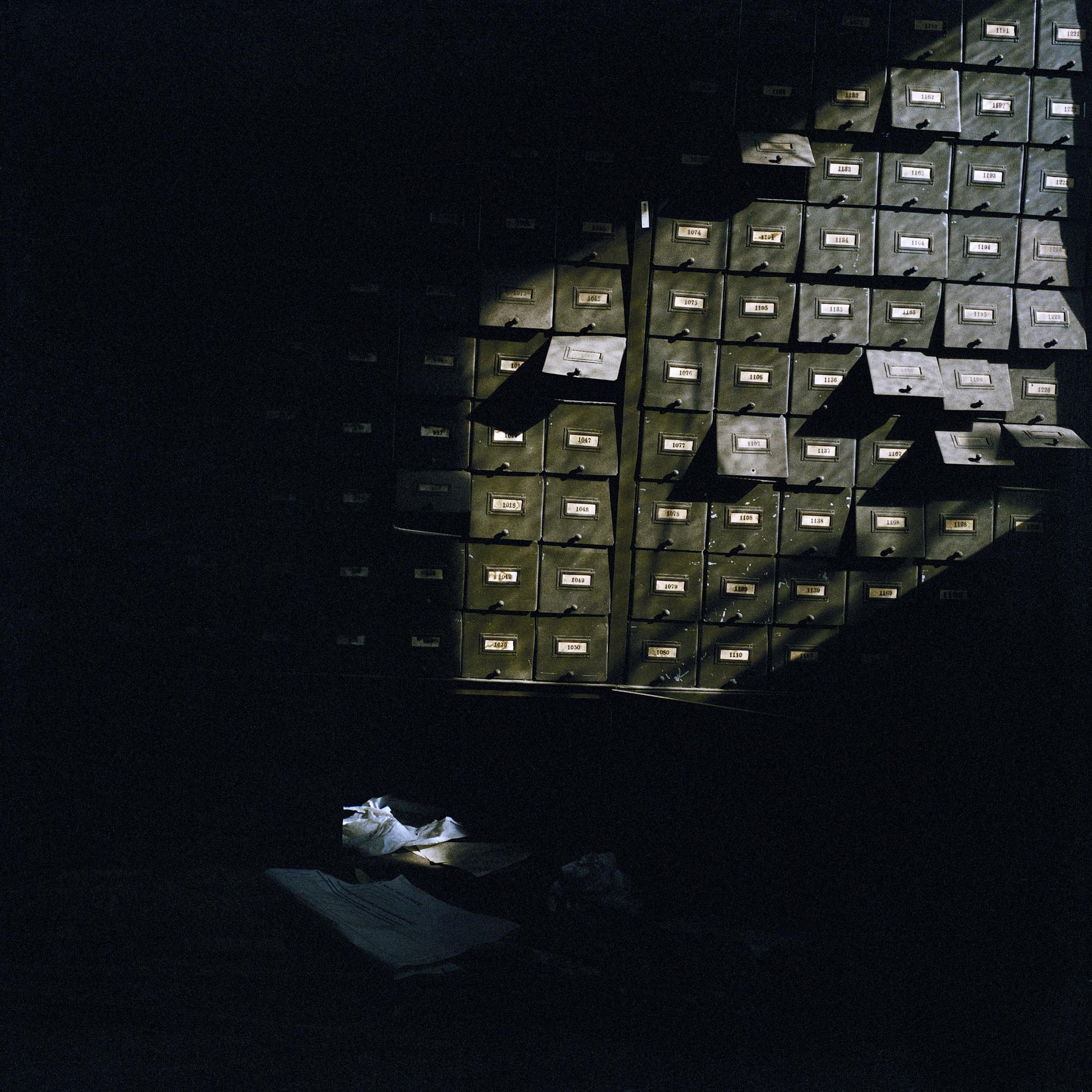 Filing Cabinets (1998)