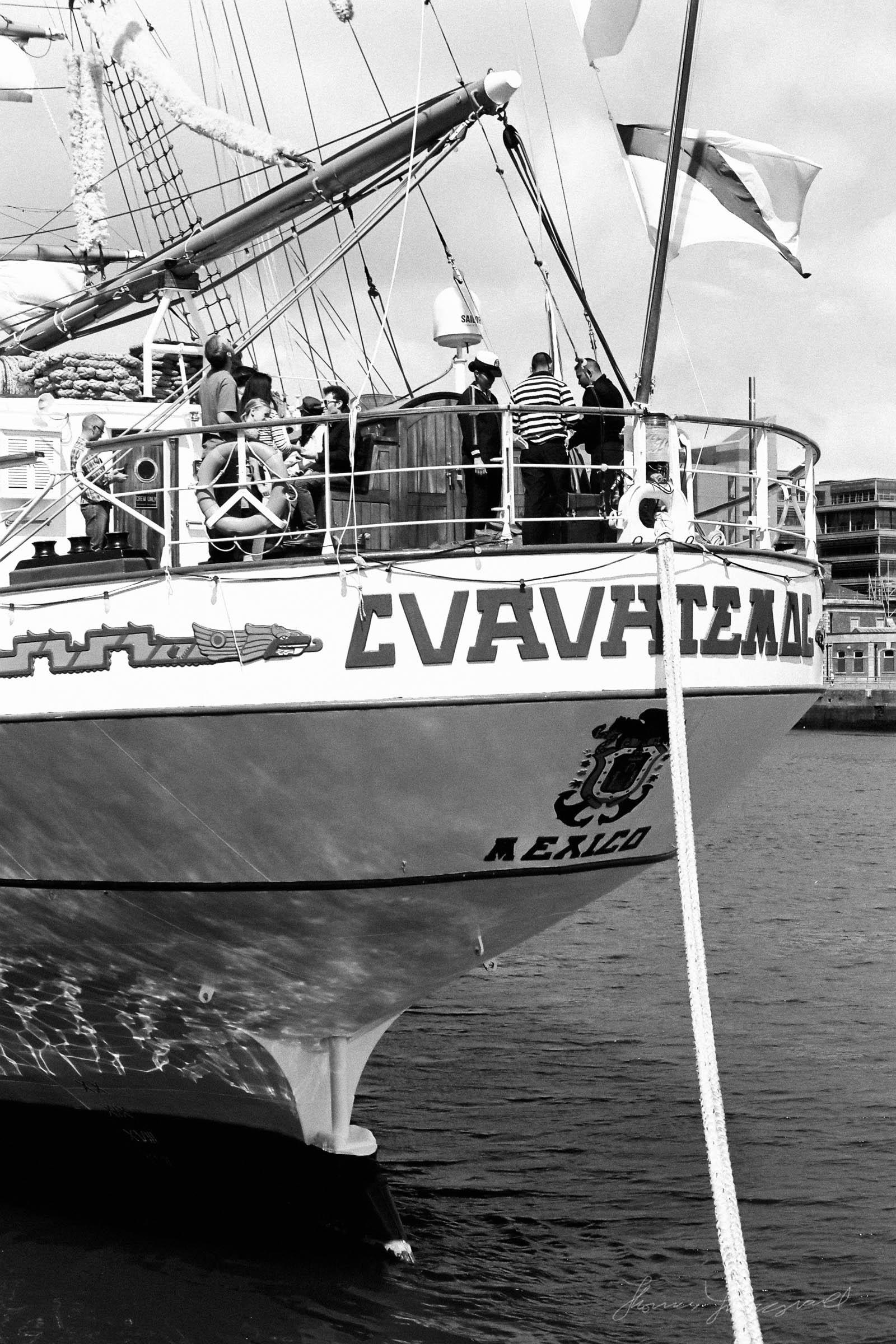 Black-and-white-film-scands-Dublin-04.jpg
