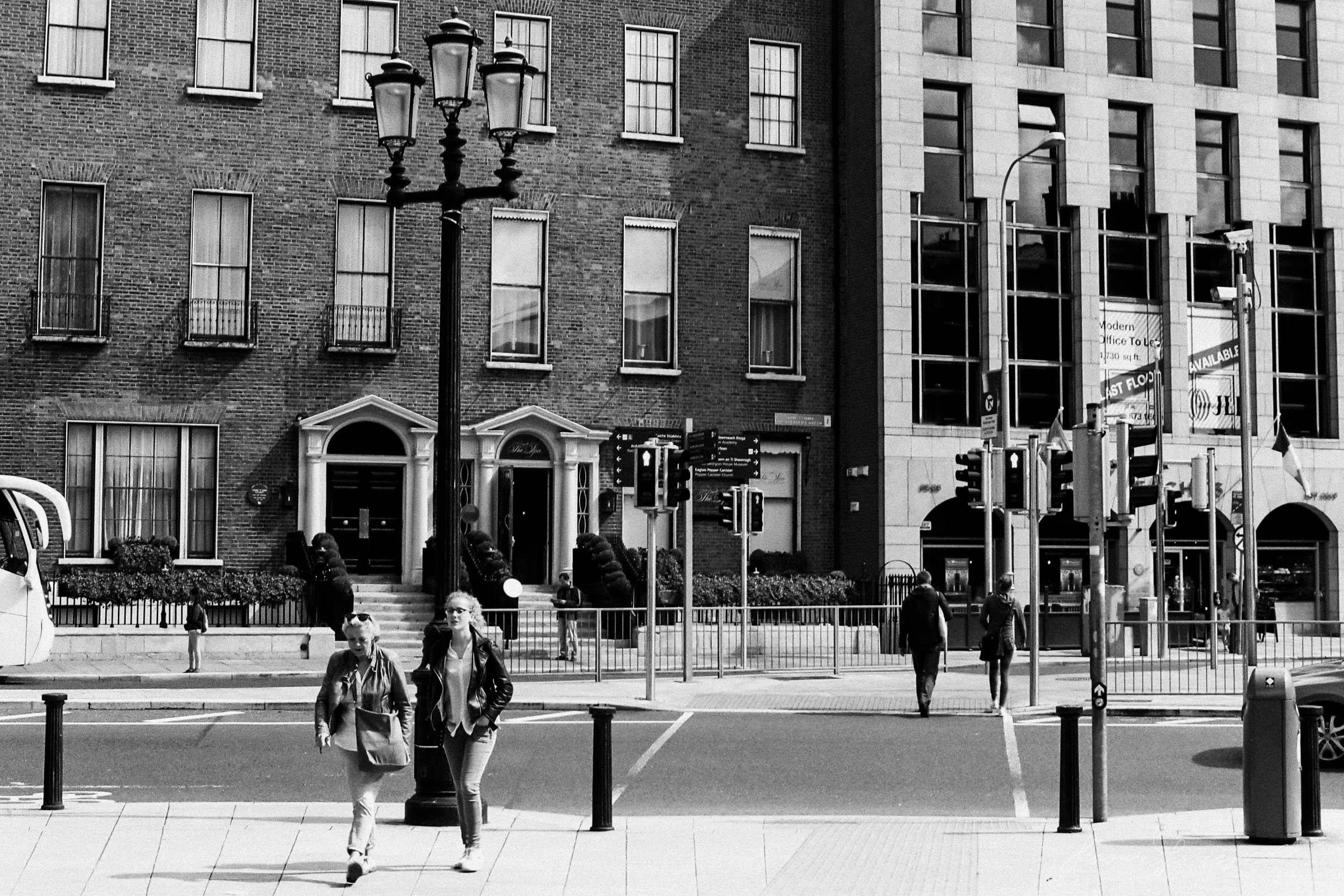 Black-and-white-film-scands-Dublin-27.jpg