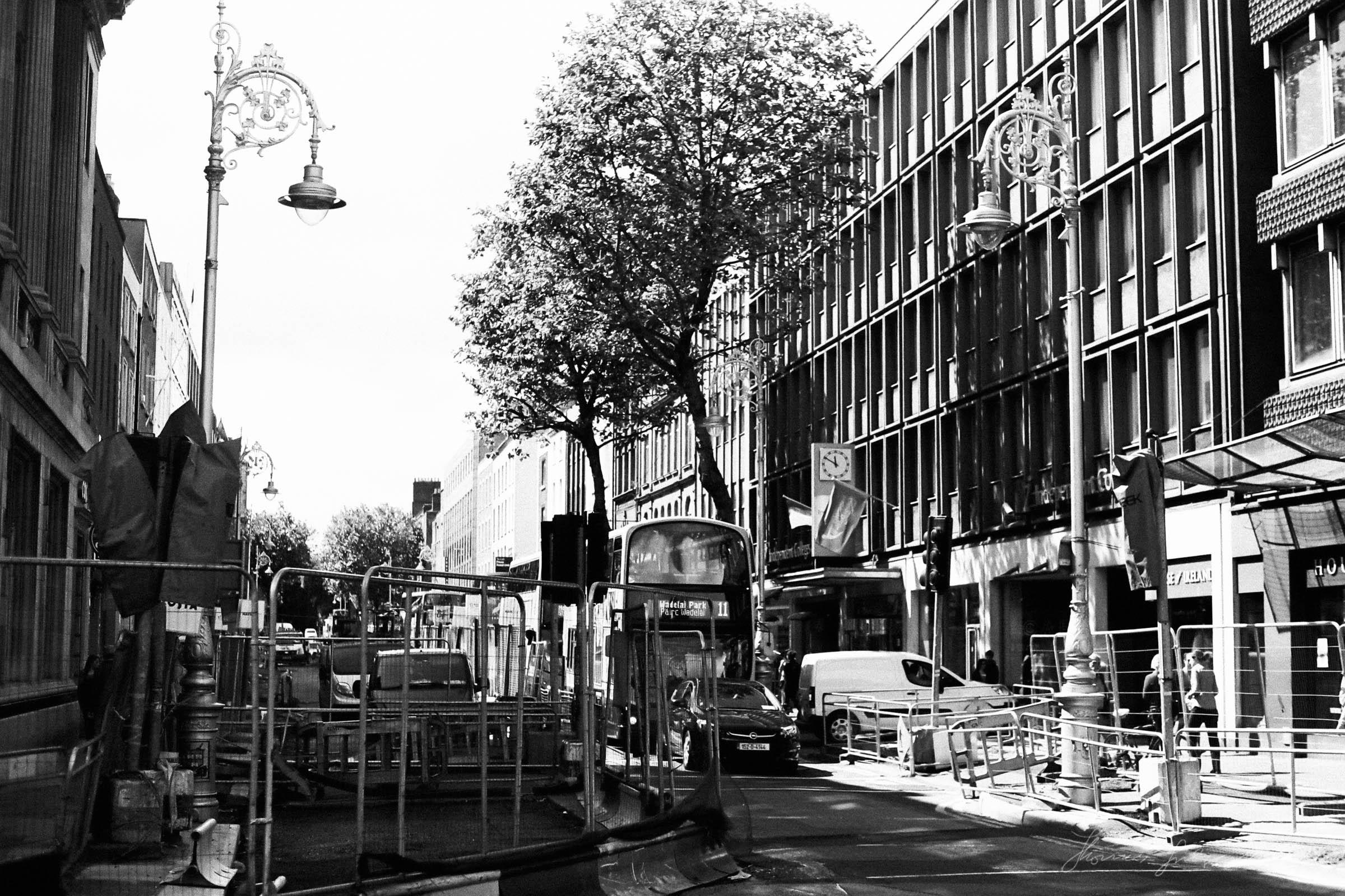 Black-and-white-film-scands-Dublin-39.jpg