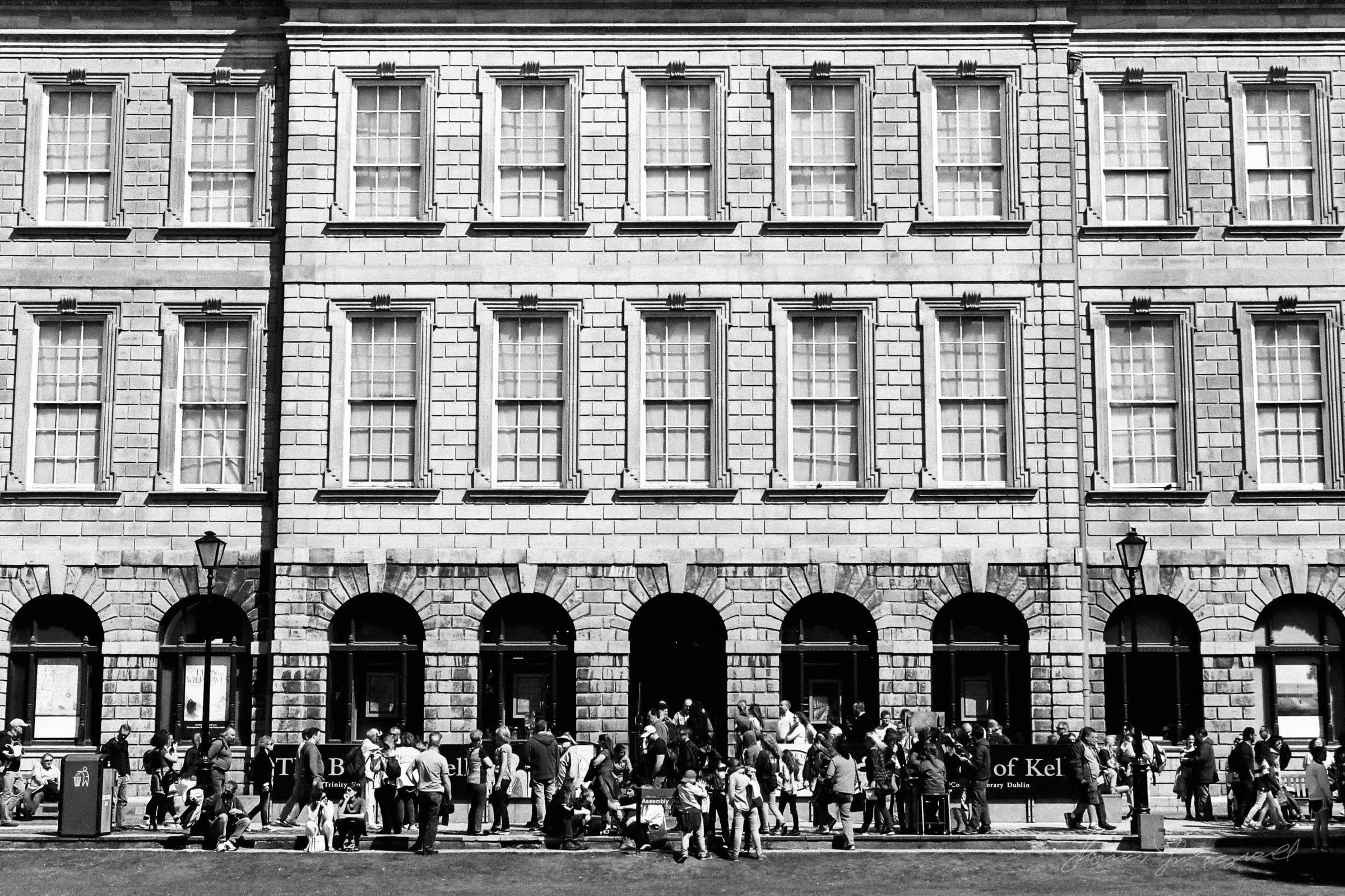 Black-and-white-film-scands-Dublin-40.jpg