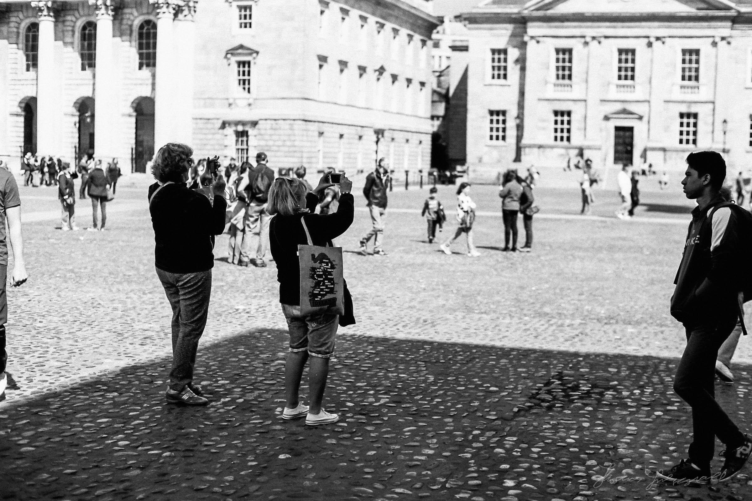 Black-and-white-film-scands-Dublin-42.jpg