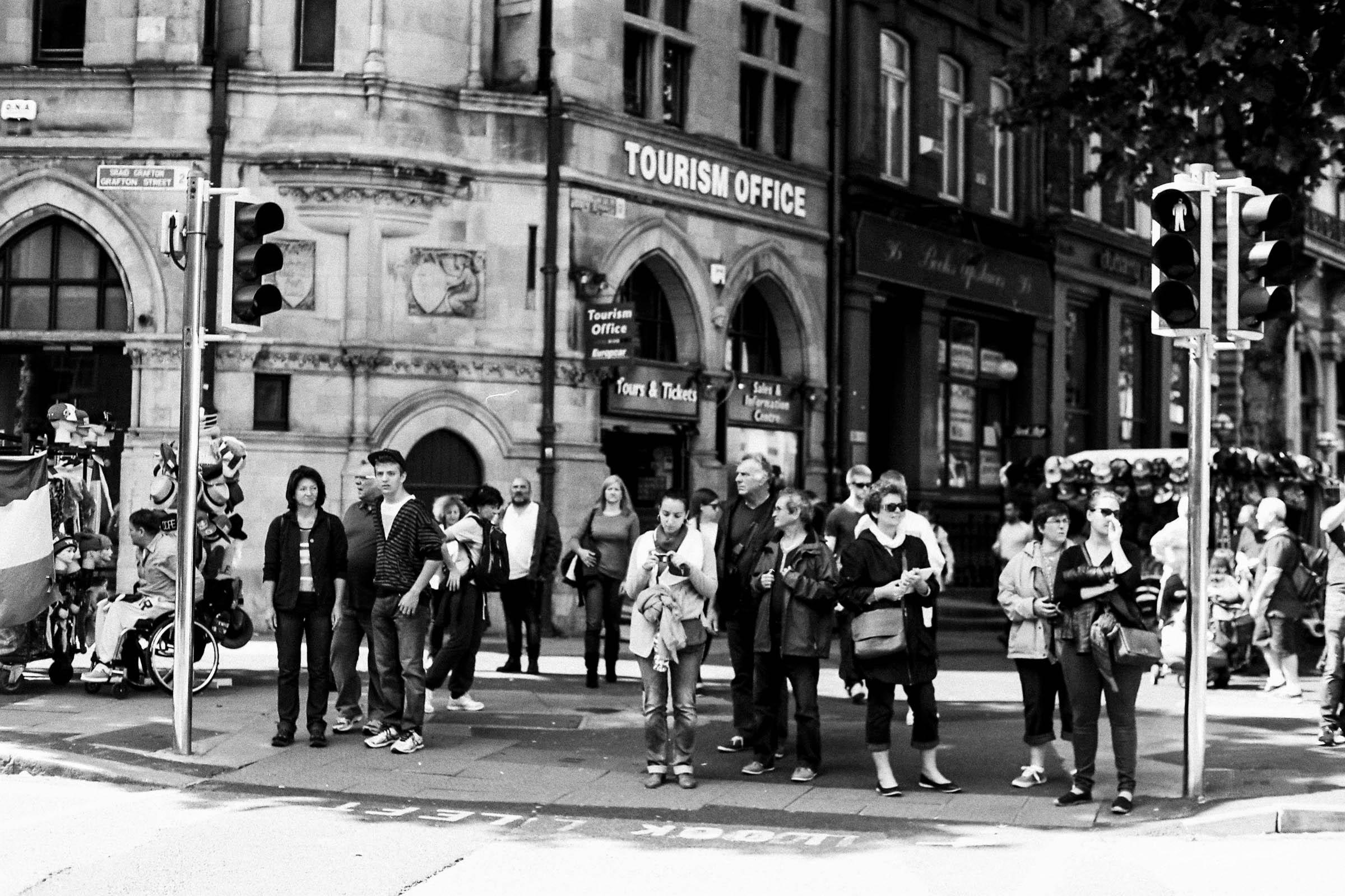 Black-and-white-film-scands-Dublin-49.jpg