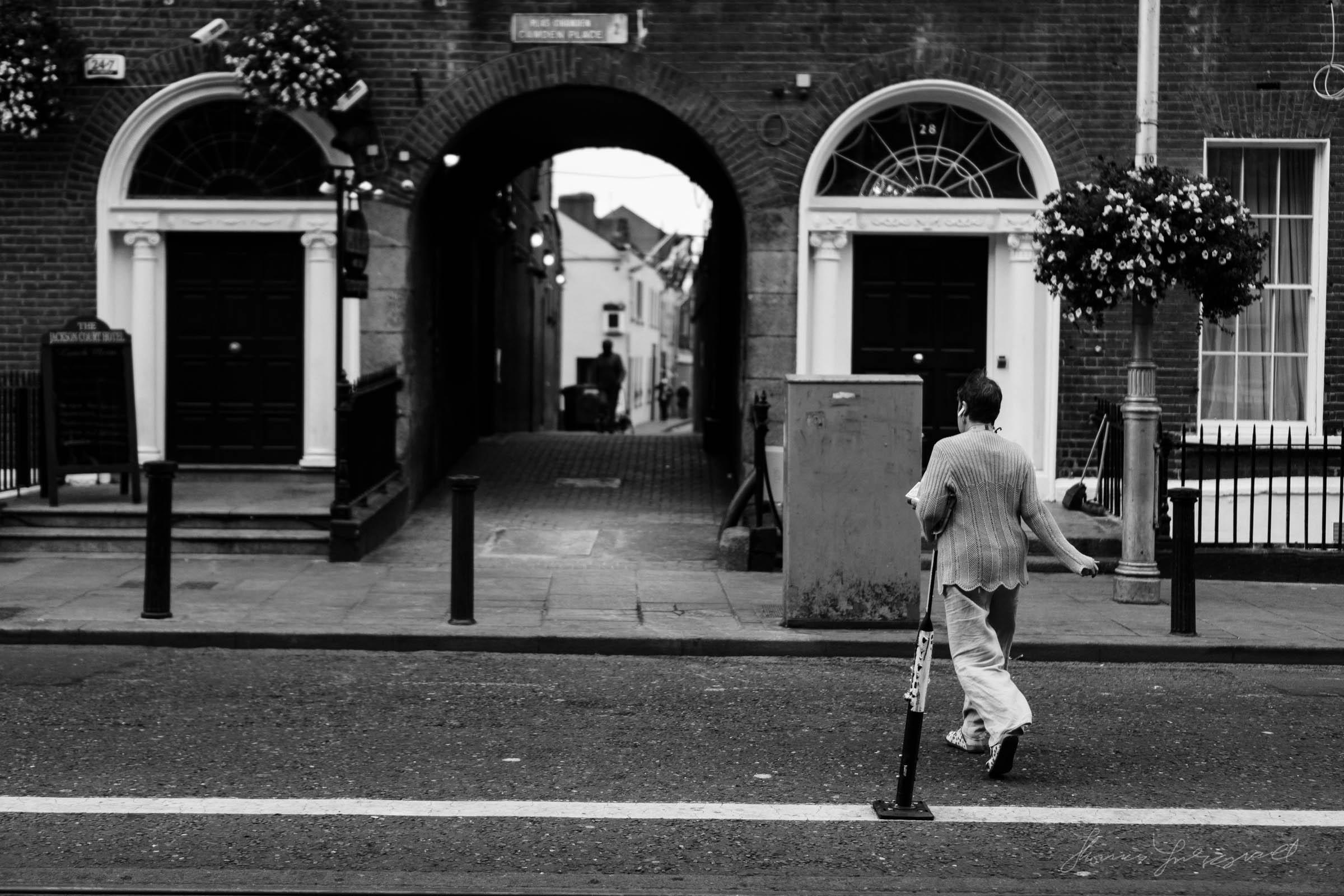 Street-Photo-Diary-No-6-BW-Dublin-02.jpg
